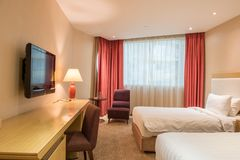 Luksusowy sypialnia apartament fotografia royalty free