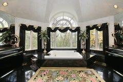 luksusu kąpielowy domowy mistrz obrazy royalty free