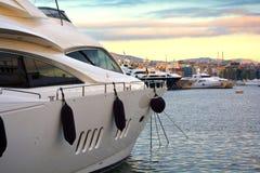 Luksusu motorowy jacht Zdjęcie Royalty Free