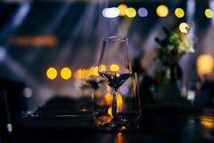 Luksusu Stołowy położenie dla ślubów i ogólnospołecznych wydarzeń Fotografia Royalty Free