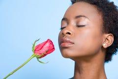 Lukta ro för kvinna arkivfoton