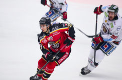 Lulea Szwecja, Marzec, - 18, 2015 Daniel Zaar podczas Szwedzkiej Hokejowej gry między Lulea hokejem Dla, i (-27 Lulea hokej) Obrazy Royalty Free