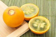 Lulo tropikalnej owoc Solanum quitoense Zdjęcia Royalty Free