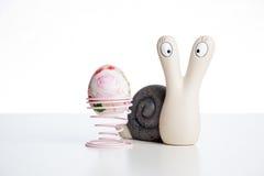 Lumaca con l'uovo Fotografia Stock Libera da Diritti