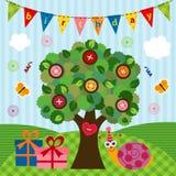 Lumaca di compleanno sotto l'albero Immagine Stock