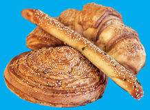 Lumaca di recente al forno Rolls della pasta sfoglia del croissant del sesamo e pasticceria del bastone del sesamo isolata su fon Fotografie Stock Libere da Diritti