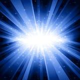Lumière bleue éclatée avec des étoiles Image libre de droits