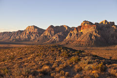 Lumière d'aube à la roche rouge Nevada Photo stock
