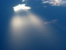 Lumière dans les cieux Photos stock