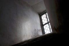 Lumière dans toute la fenêtre ombre nette Photographie stock