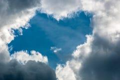 Lumière de au-dessus des nuages images stock