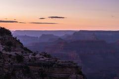 Lumière de coucher du soleil chez Grand Canyon, Arizona, Etats-Unis images libres de droits