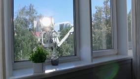 Lumière de film de récolteuse de cerise dehors banque de vidéos