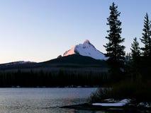 Lumière de matin sur le Mt Washington et grand lac Photographie stock libre de droits