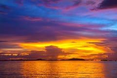 Lumière de soirée en mer Image libre de droits