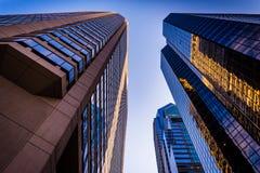 Lumière de soirée sur des gratte-ciel dans la ville centrale, Philadelphie, Penns Image libre de droits