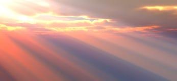 Lumière du soleil par les nuages Image stock