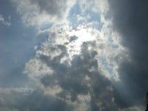 Lumière du soleil pleuvante à torrents Photos libres de droits