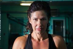 Lumière fendue de Headshot intense de femme image libre de droits