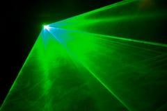 Lumière laser verte Photos libres de droits