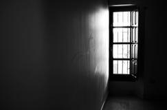 Lumière par la fenêtre b/w Photos libres de droits