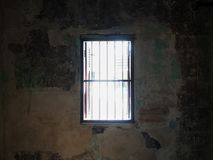 Lumière par la fenêtre dans la cage Photographie stock
