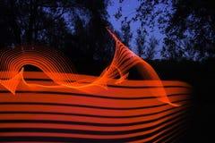 Lumière rouge abstraite de tache floue de mouvement image libre de droits