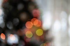 Lumières abstraites Unfocused d'arbre de Noël photographie stock