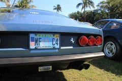 Lumières classiques de queue de voiture de sport et plate-forme arrière Photographie stock