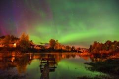Lumières colorées de Nortehrn sur le ciel photo libre de droits