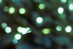 Lumières colorées sur le fond rouge Bokeh de vacances Noël abstrait Photo libre de droits
