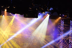 Lumières d'étape pendant le concert Photo libre de droits