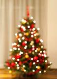 Lumières d'arbre de Noël brouillées image libre de droits