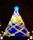 Lumières de bokeh d'arbre de Noël Image stock