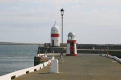 Lumières de brise-lames de port Photos stock