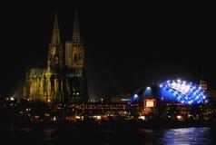 Lumières de Cologne images libres de droits