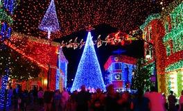Lumières de danse de famille de Disneyworld Osborne Images stock