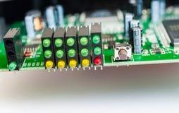 Lumières de LED et carte sur le blanc images stock
