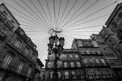 Lumières de Noël dans une place à Vigo - en Espagne Image stock