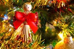 Lumières de Noël et boules de Noël et detai d'or de décoration Photos stock