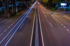 Lumières de traînée de ville Photographie stock