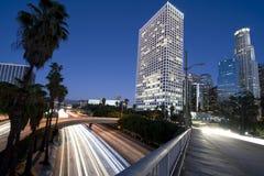 Lumières de ville de Los Angeles la nuit Photos libres de droits