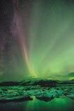 Lumières du nord au-dessus de la lagune de glace, Islande Image libre de droits