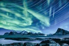 Lumières du nord en Norvège Photographie stock
