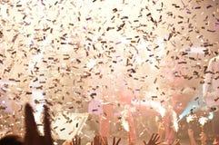 Lumières et confettis de boîte de nuit Photos libres de droits