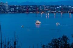 Lumières et horizon 6 de bateau image libre de droits