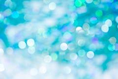 Lumières sur la texture bleue de background Bokeh de vacances Résumé Fond de Noël Fond abstrait de fête avec les lumières defocus Photographie stock