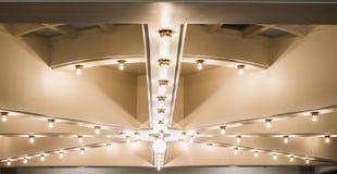 Lumières sur le plafond au bâtiment de capitol d'état de l'Utah images libres de droits