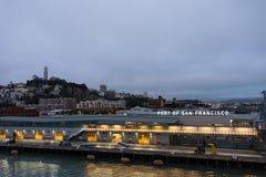 Lumières sur le port de San Francisco, la Californie Image libre de droits