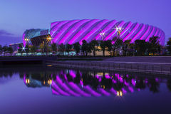 Lumineux dazzing le stade Images libres de droits